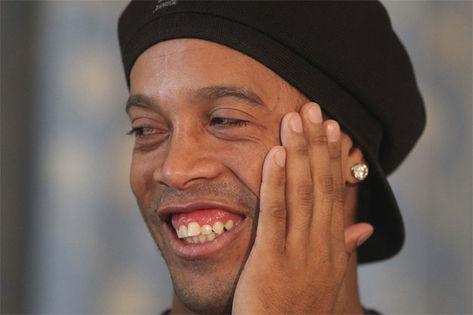 Ronaldinho gaúcho sorriso antigo